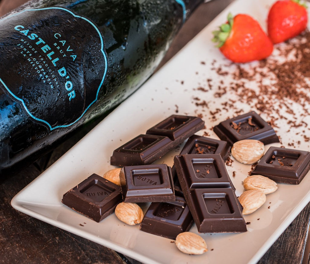chocolate y cava Castell d'Or
